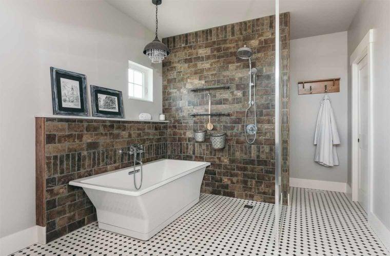bagno-industriale-vasca-bianca