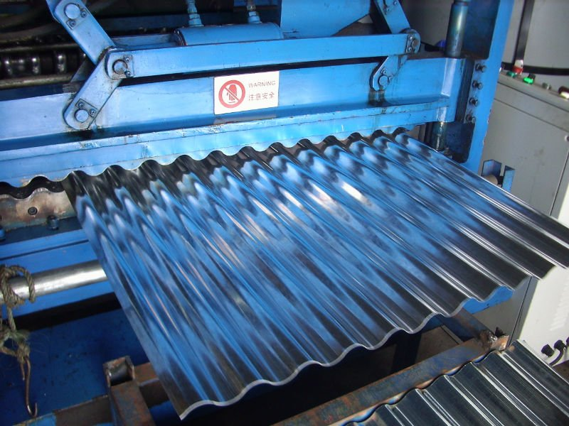 tetto-prefabbricato-metallo-lavorazione