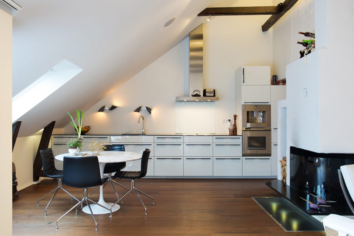 arredamento-mansarda-cucina
