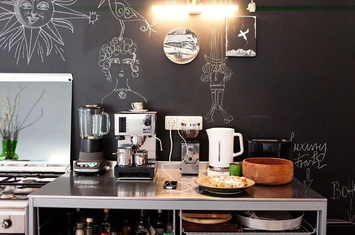 colore-nero-lavagna-cucina