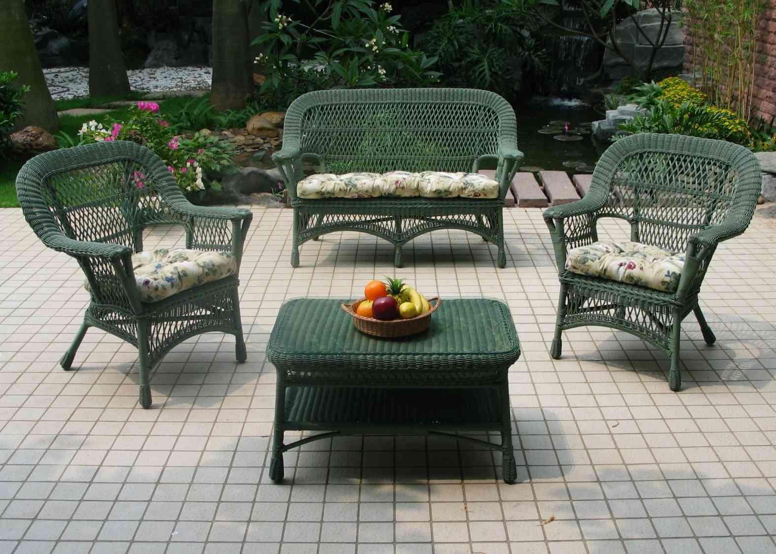 mobili-plastica-giardino