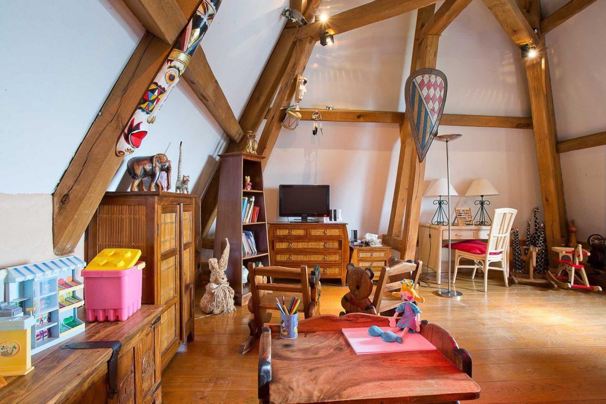 arredare-sottotetto-sala-giochi-bambini