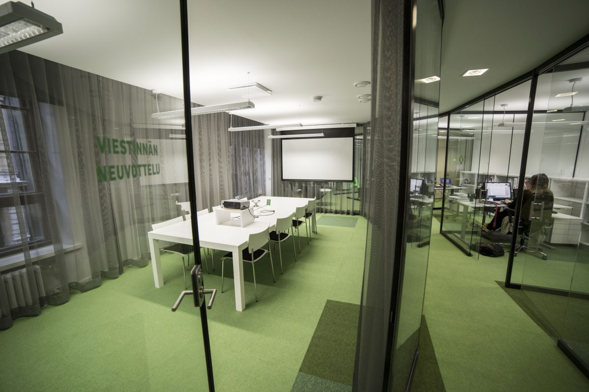 ufficio-sala-riunioni