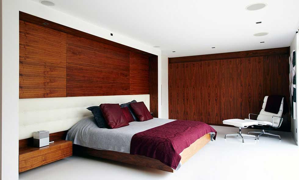 camera-letto-pavimento-in-resina