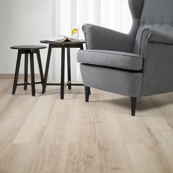 graesmark-pavimento-in-laminato-ikea