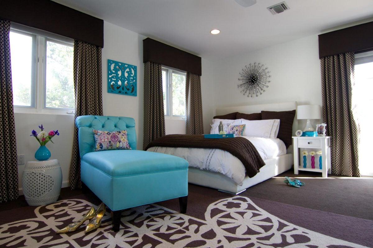 colore-ciano-arredamento-camera-letto