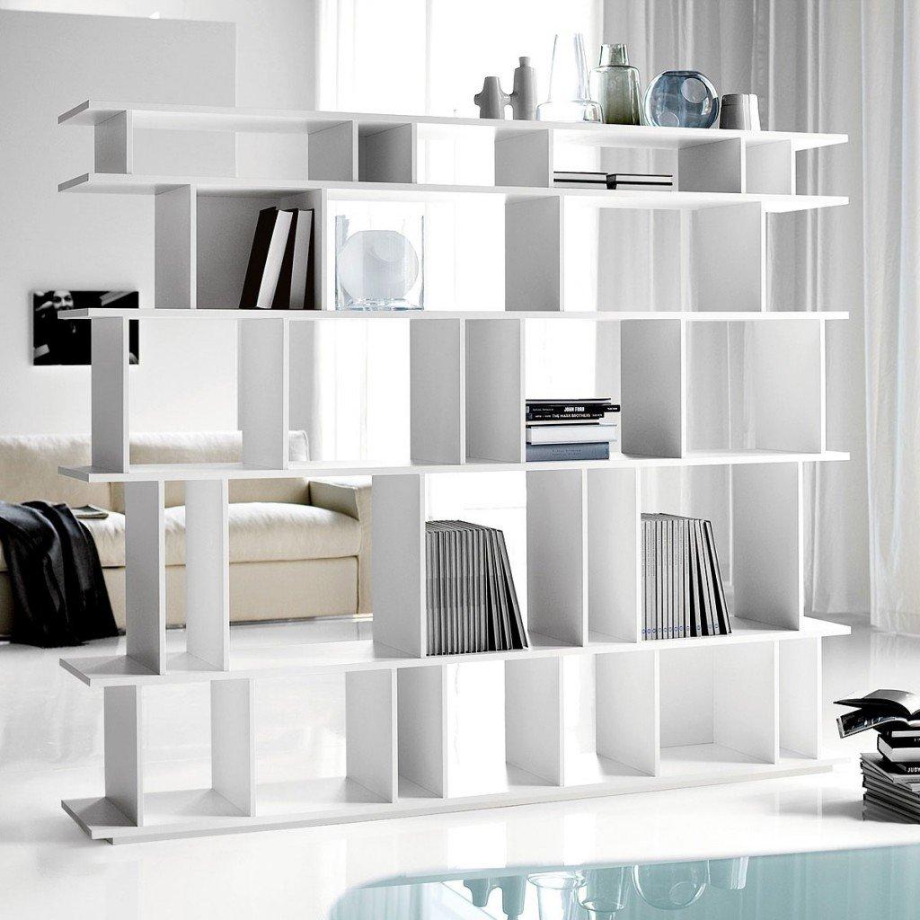 come-separare-stanze-senza-muro-libreria-bifacciale