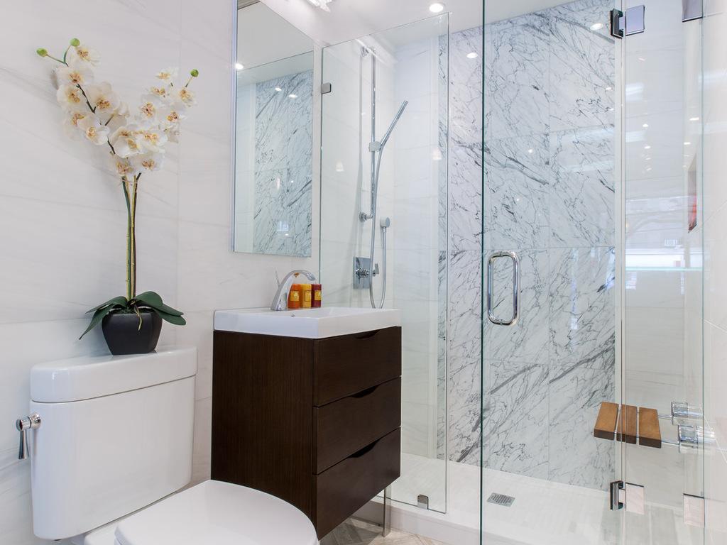 mobile-bagno-monoblocco-specchio