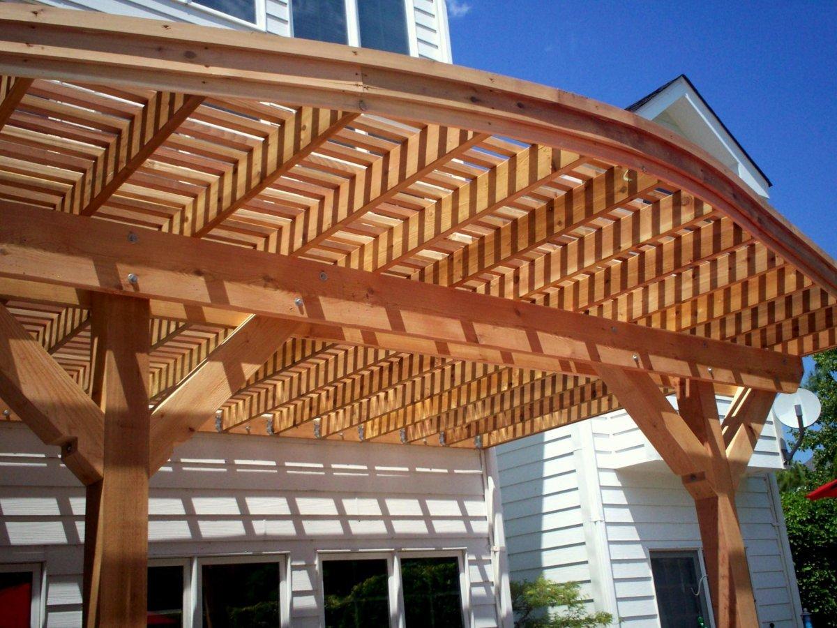 tettoia-in-legno-copertura-legno