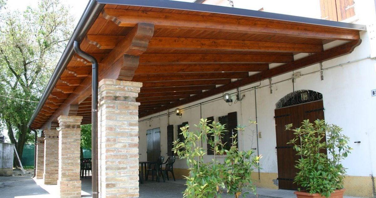 Tettoia in legno for Costruire tartarughiera in vetro