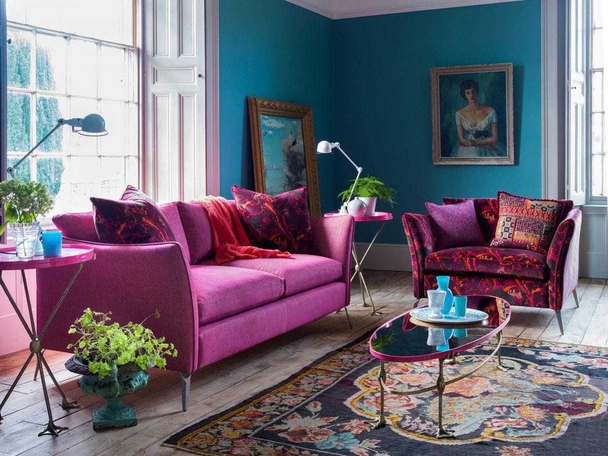 colore-magenta-divano-lusso
