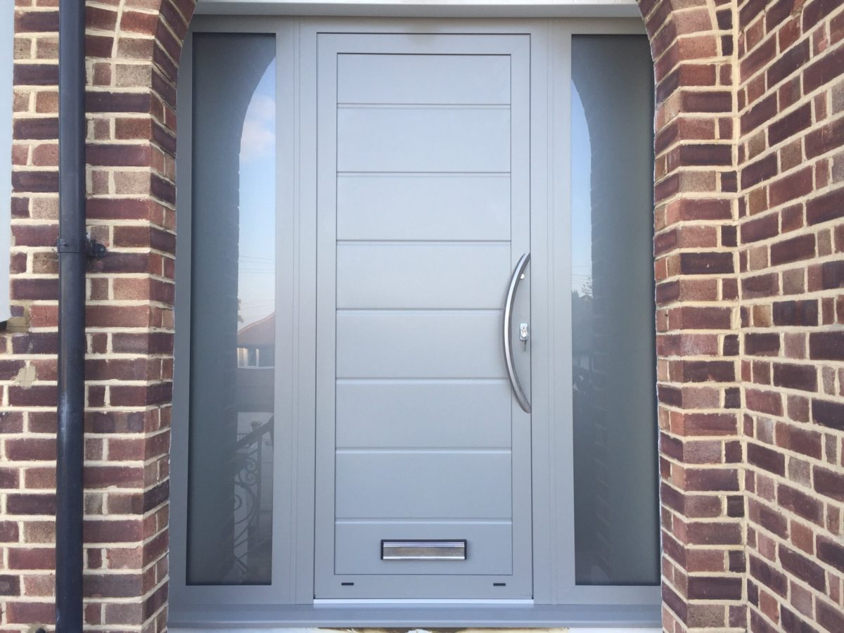 porta-ingresso-alluminio-grigio