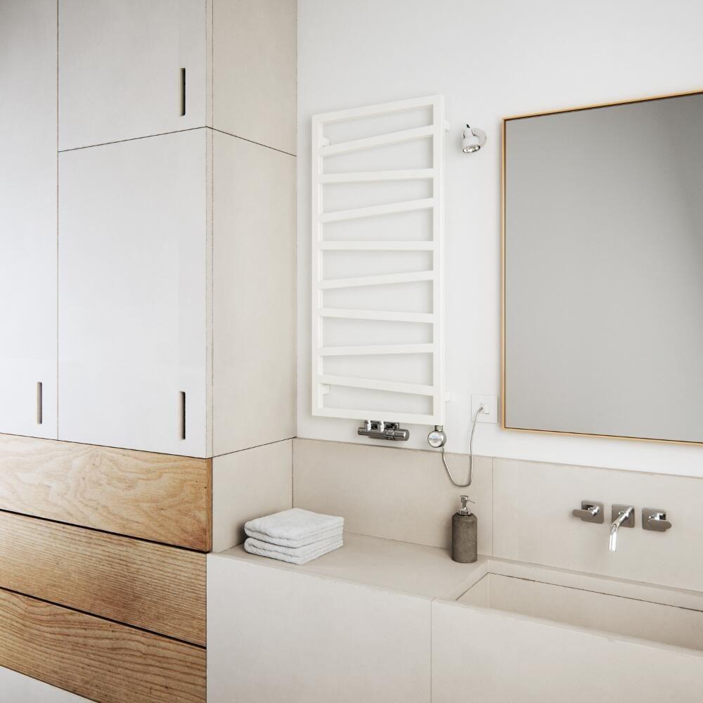 Come arredare un bagno piccolo rettangolare for Termoarredo bagno piccolo