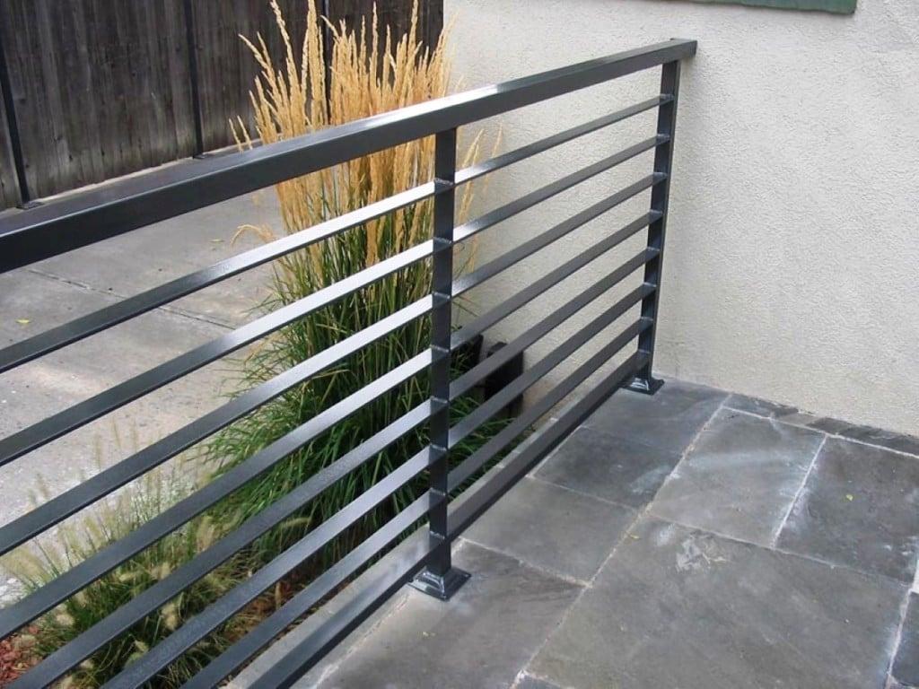 ringhiera-balcone-acciaio-casa
