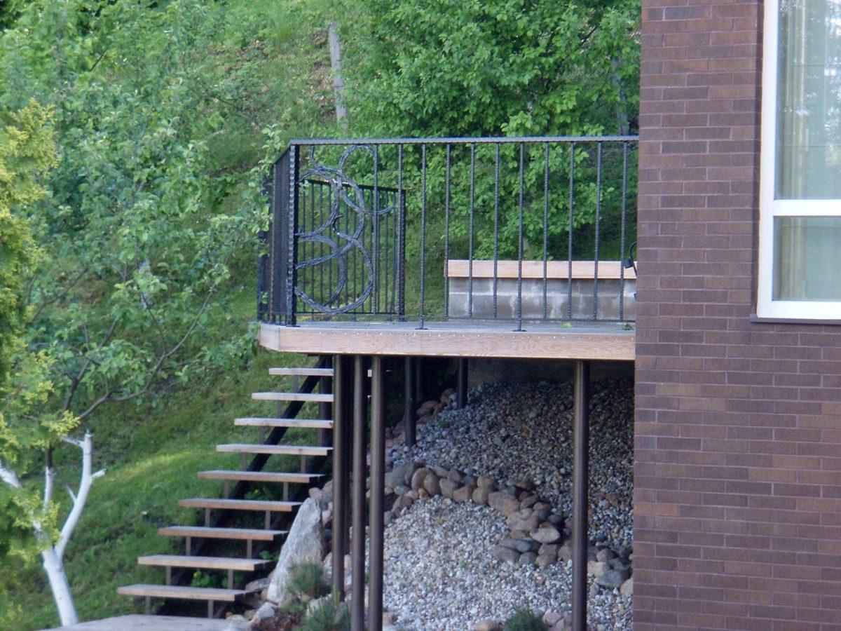 ringhiera-balcone-metallo-casa