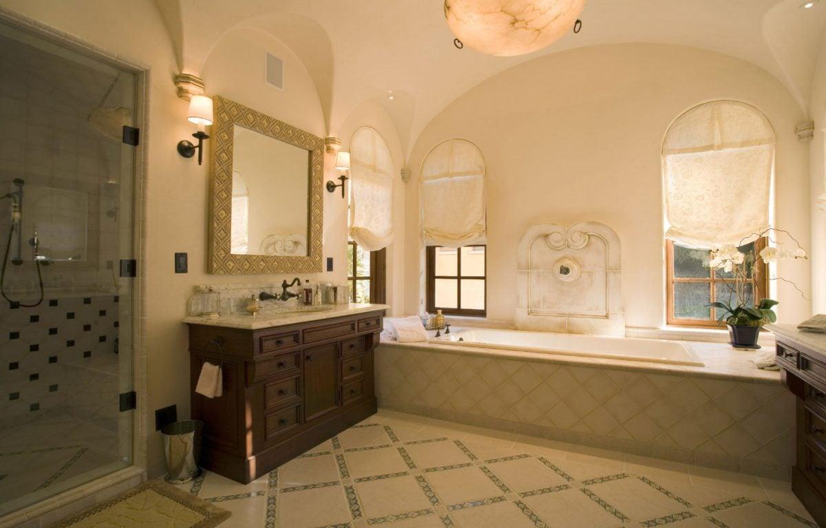 Arredare casa in stile spagnolo - Bagno in spagnolo ...