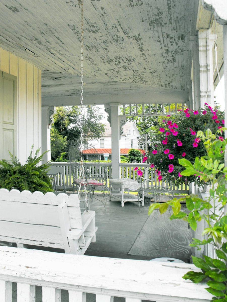 arredamento-esterno-shabby-chic-terrazzo-soffitto