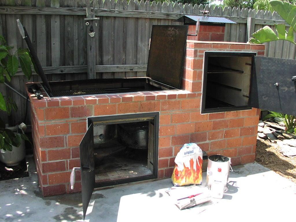 Come realizzare un barbecue in giardino excellent - Costruire forno a legna economico ...