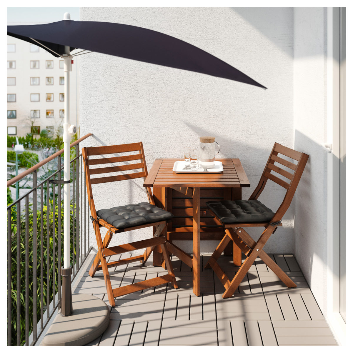balcone-stretto-lungo-ombrellone