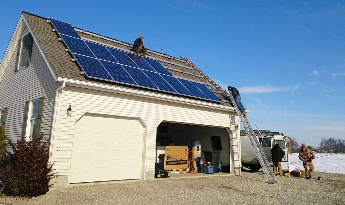 pannello-solare-montaggio