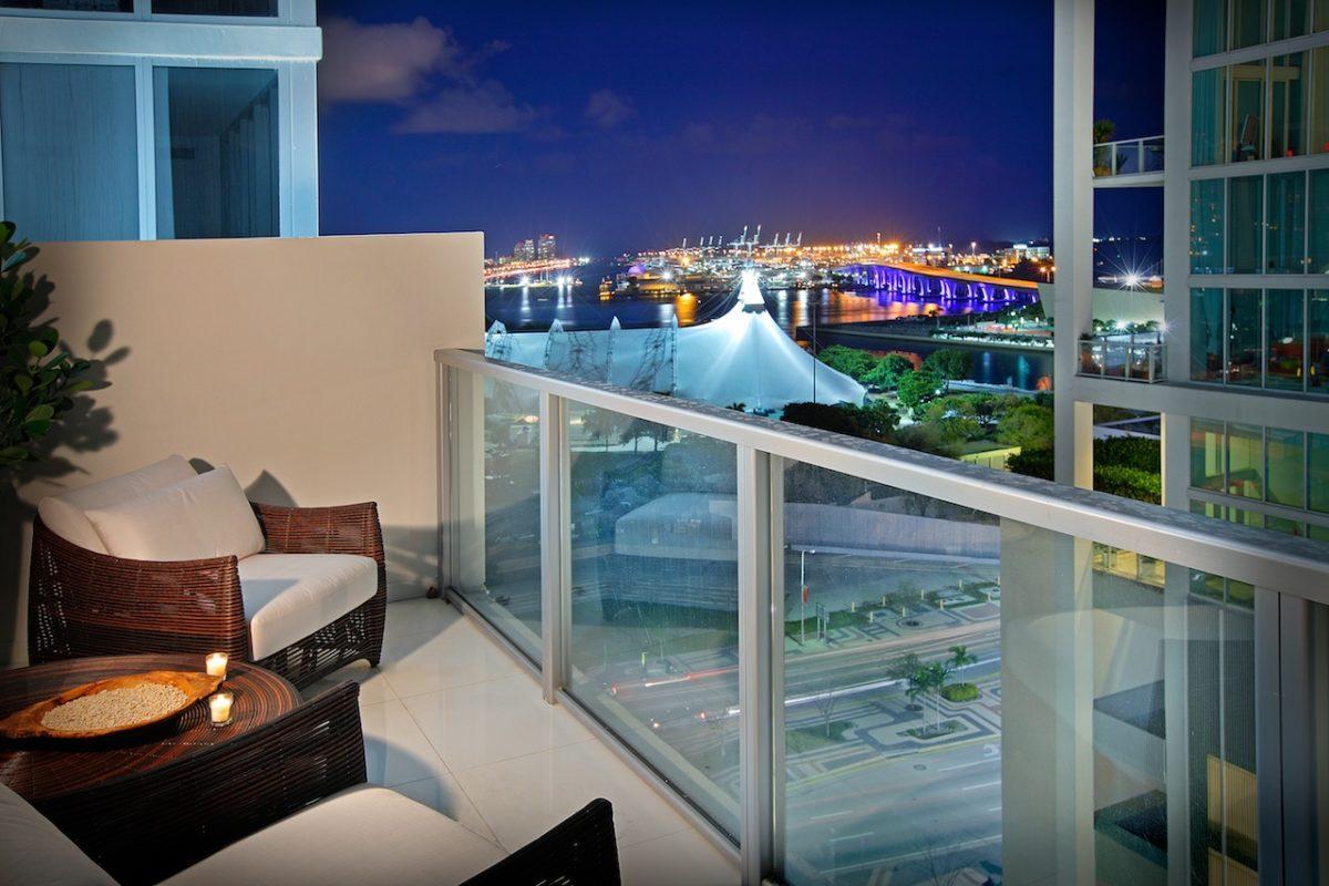 divano-balcone-panorama