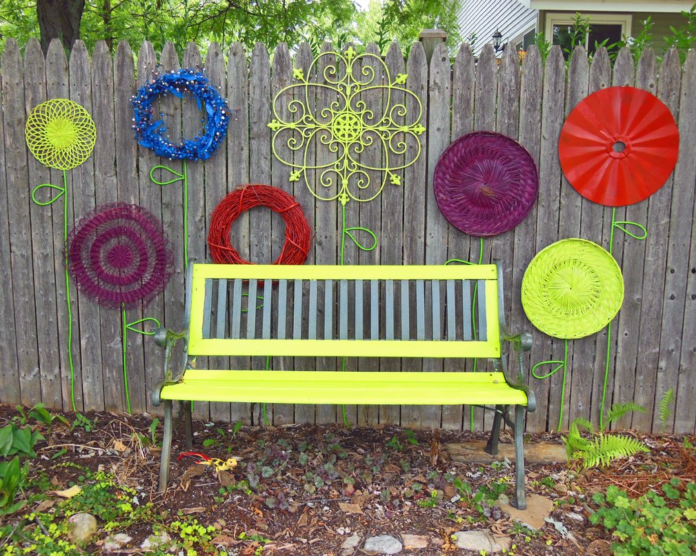 panchina-giardino-ferro-gialla