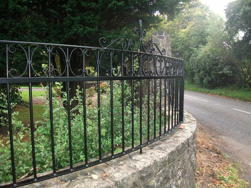 ringhiera-giardino-ferro