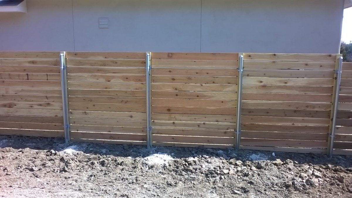 ringhiera-giardino-steccato-legno