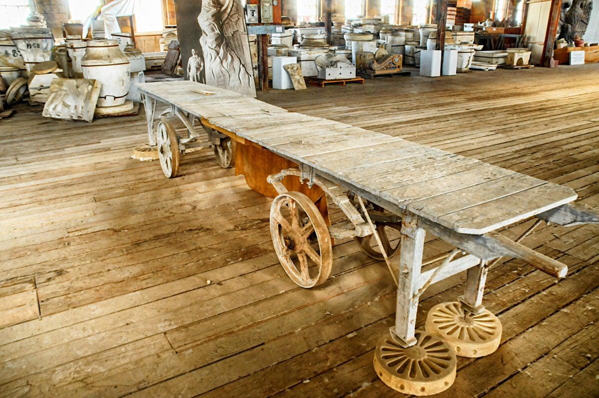 tavolo-da-lavoro-ruote-design