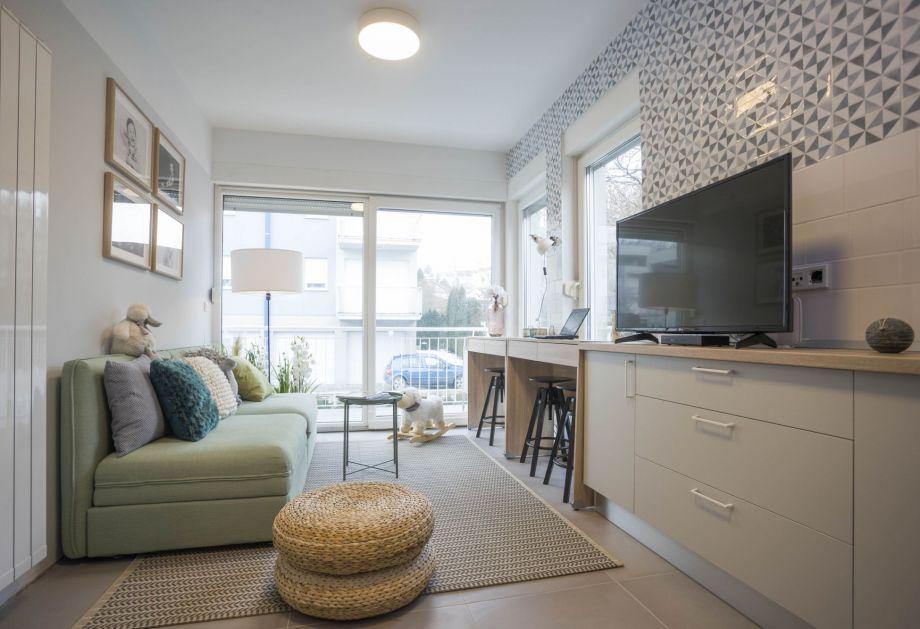 Arredare un piccolo soggiorno for Arredare piccolo appartamento