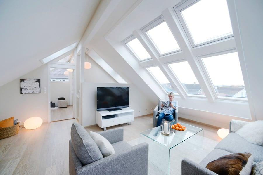 soggiorno-piccolo-mansarda