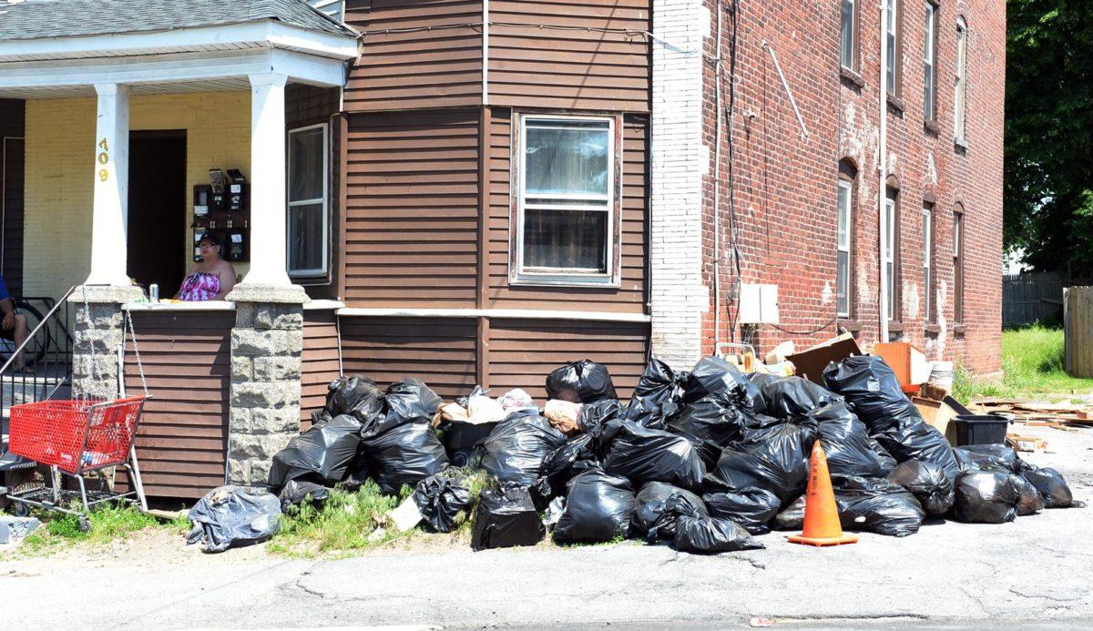 spazzatura-abbandonata