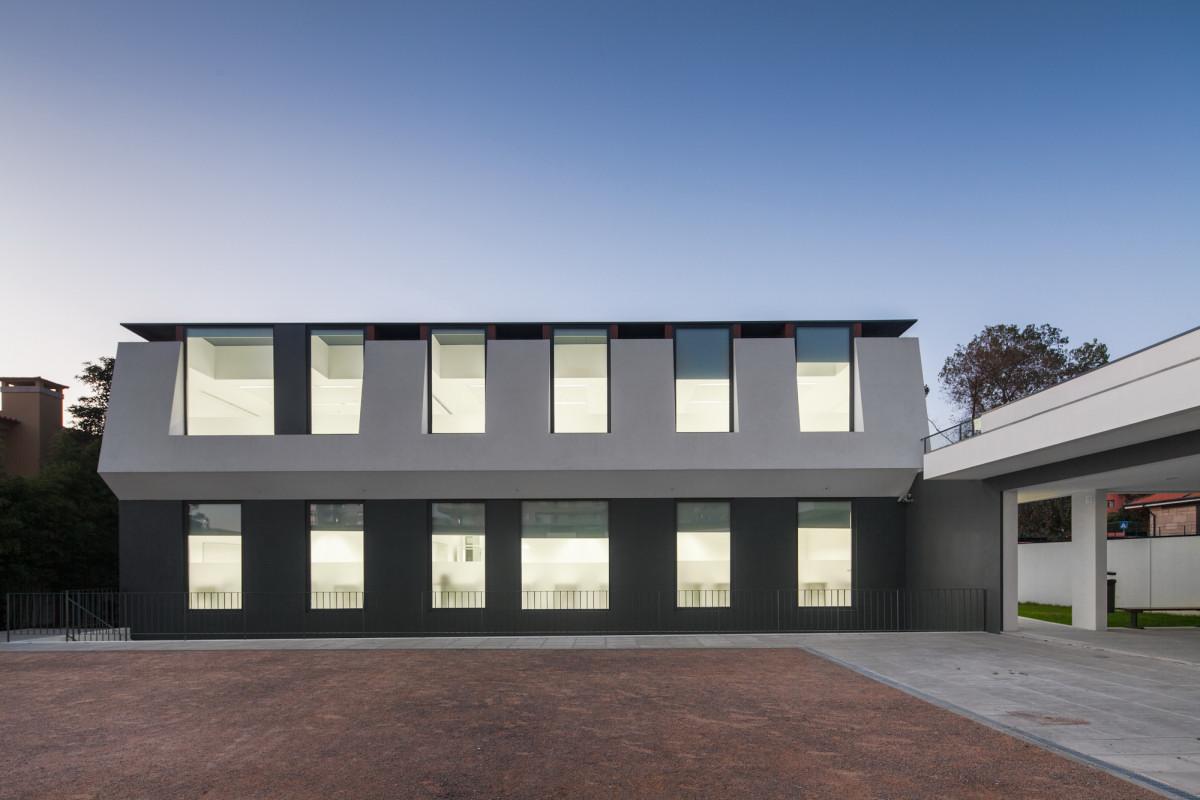facciata-casa-moderna-minimalista-astratta