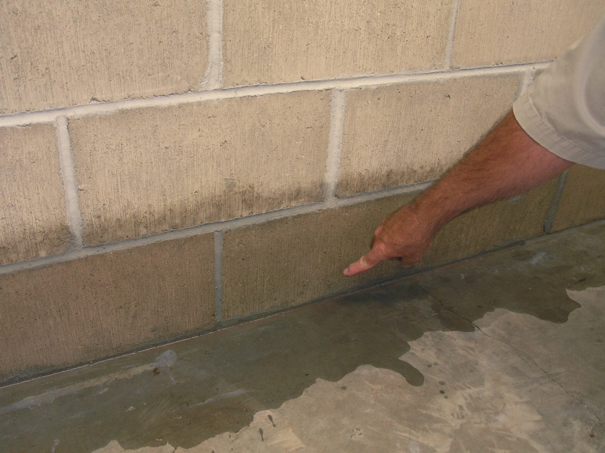 infiltrazioni-acqua-pavimento