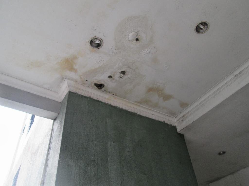infiltrazioni-acqua-soffitto-macchie