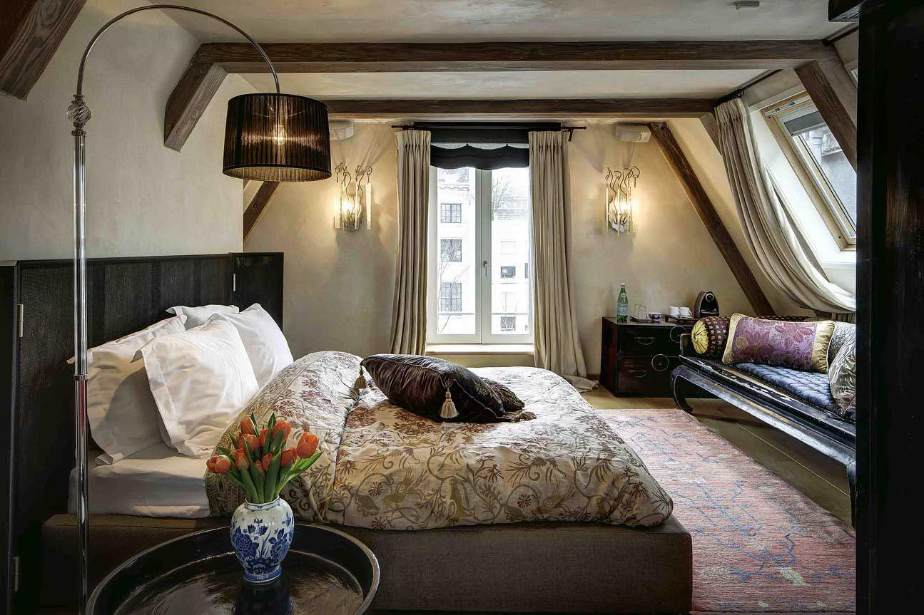 stile-etnico-chic-camera-letto-lampadario