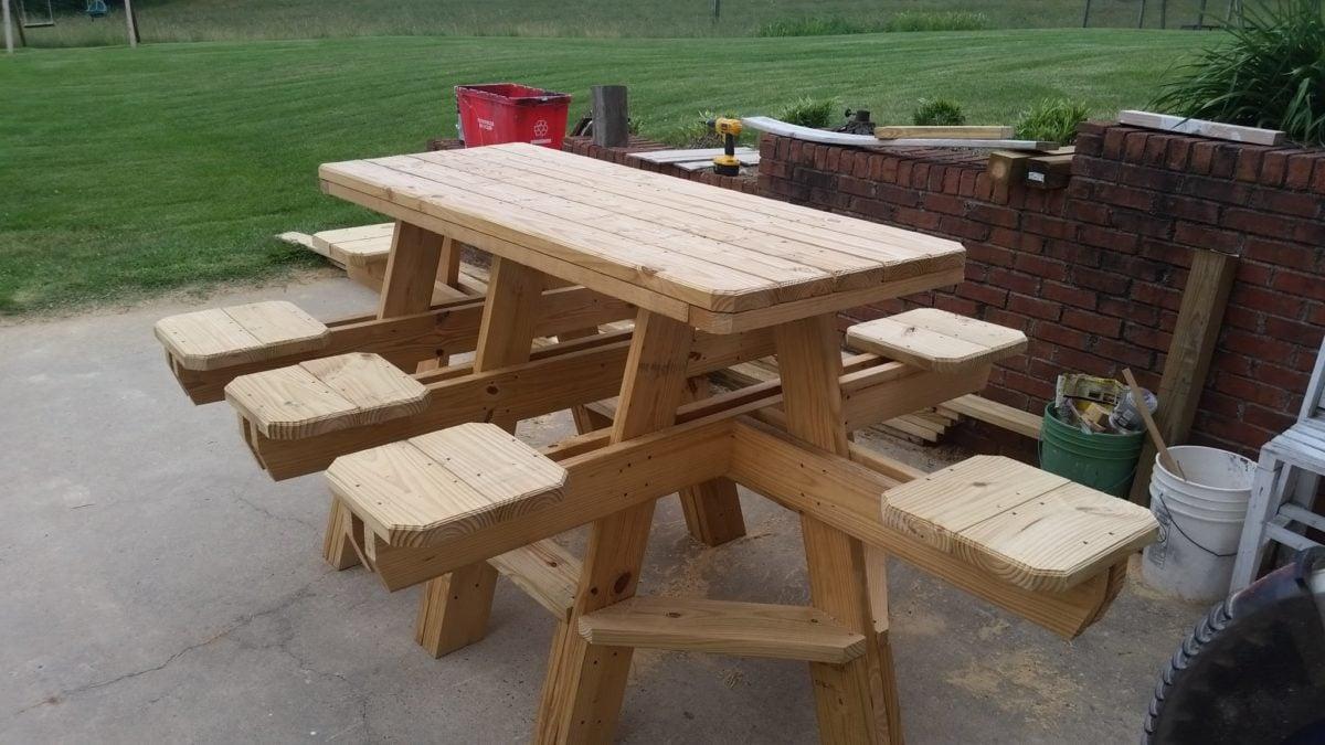 tavolo-picnic-legno-particolare