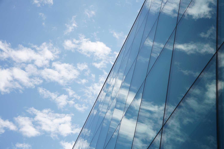 vetro-bassa-emissione-palazzo
