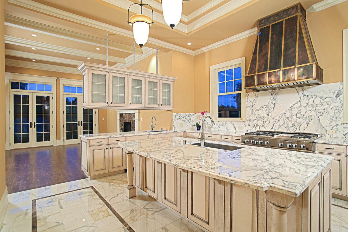 cucina-pavimento-marmo-disegno