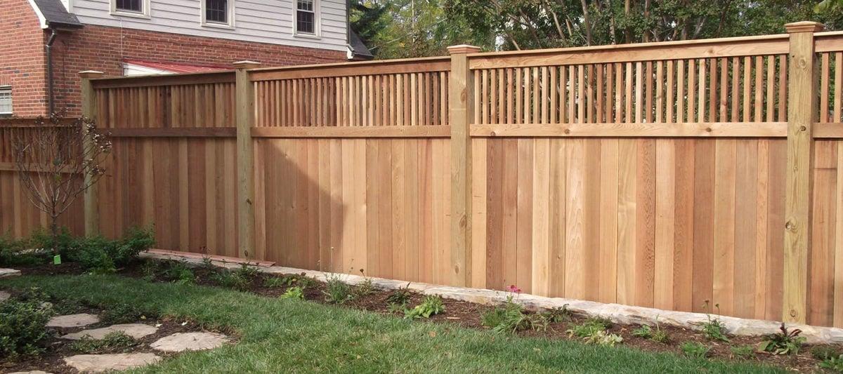 recinzione-giardino-legno-alta