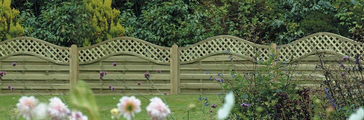 recinzione-giardino-legno-ondulata
