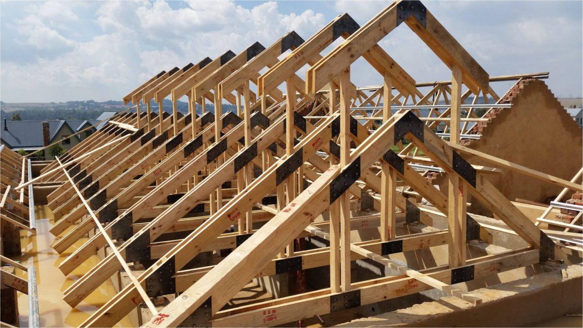 tetto-legno-costruzione-rinforzo