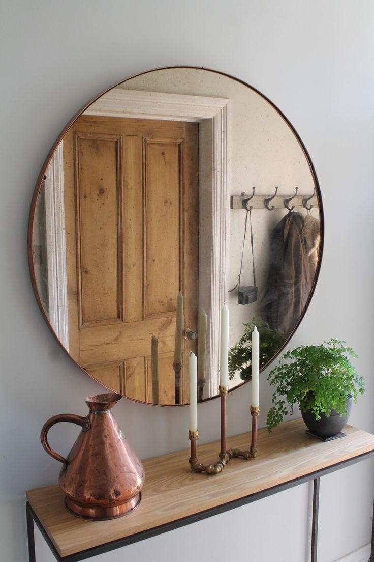 angolo-stretto-buio-specchio