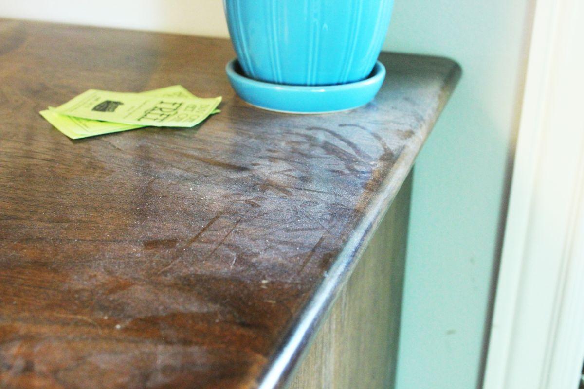 macchie-mobile-legno