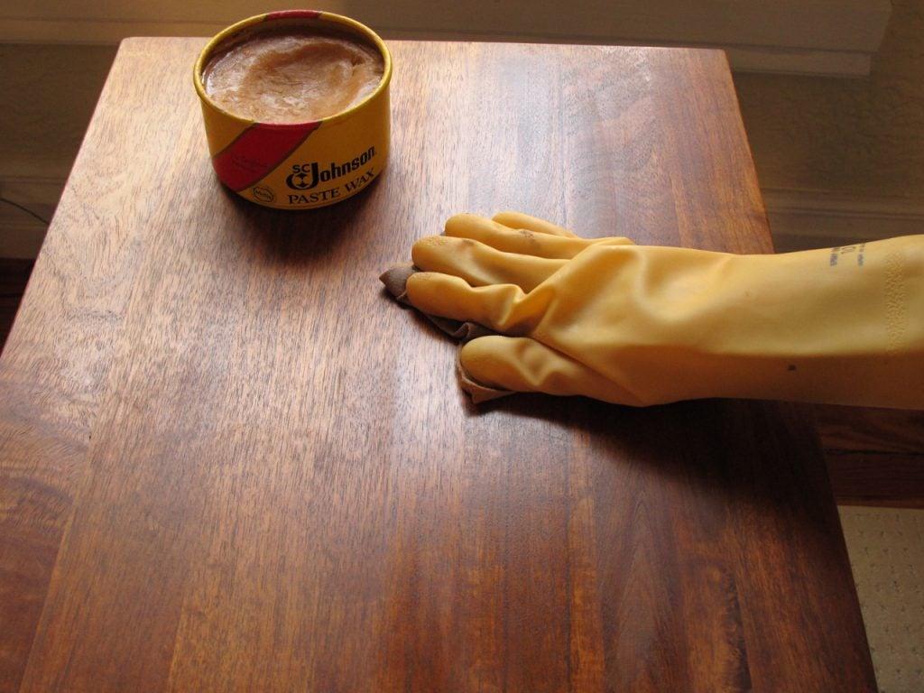 Come Pulire Il Legno Vecchio come pulire i mobili in legno
