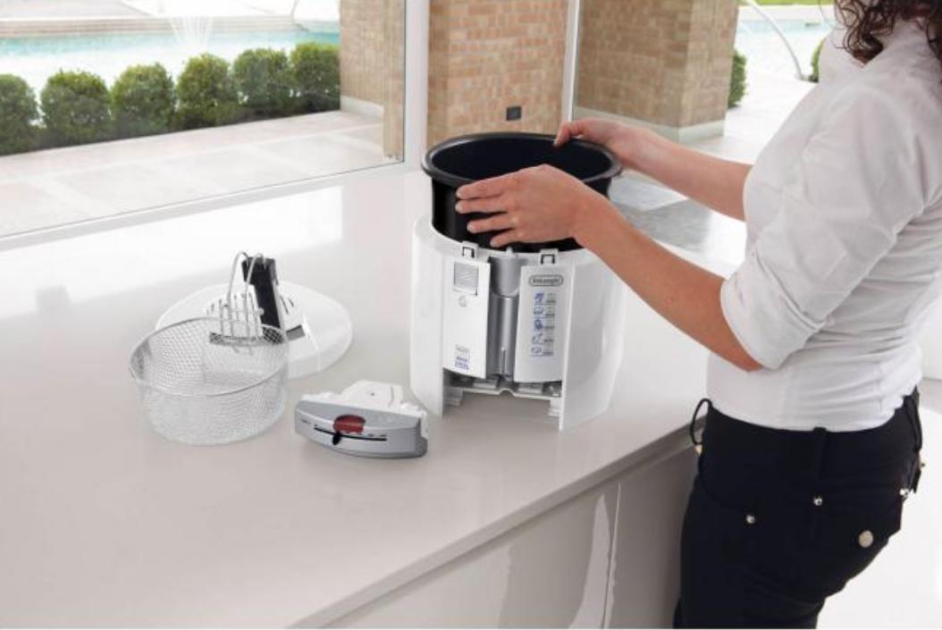 friggitrice-pulire-olio-vaschetta