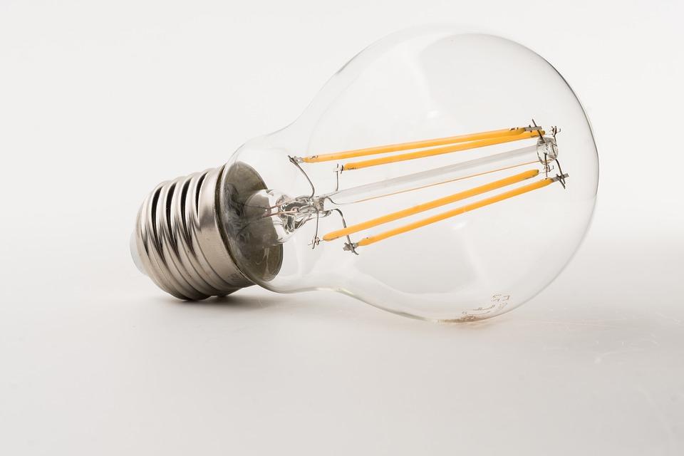 Stop alle lampade alogene dal settembre
