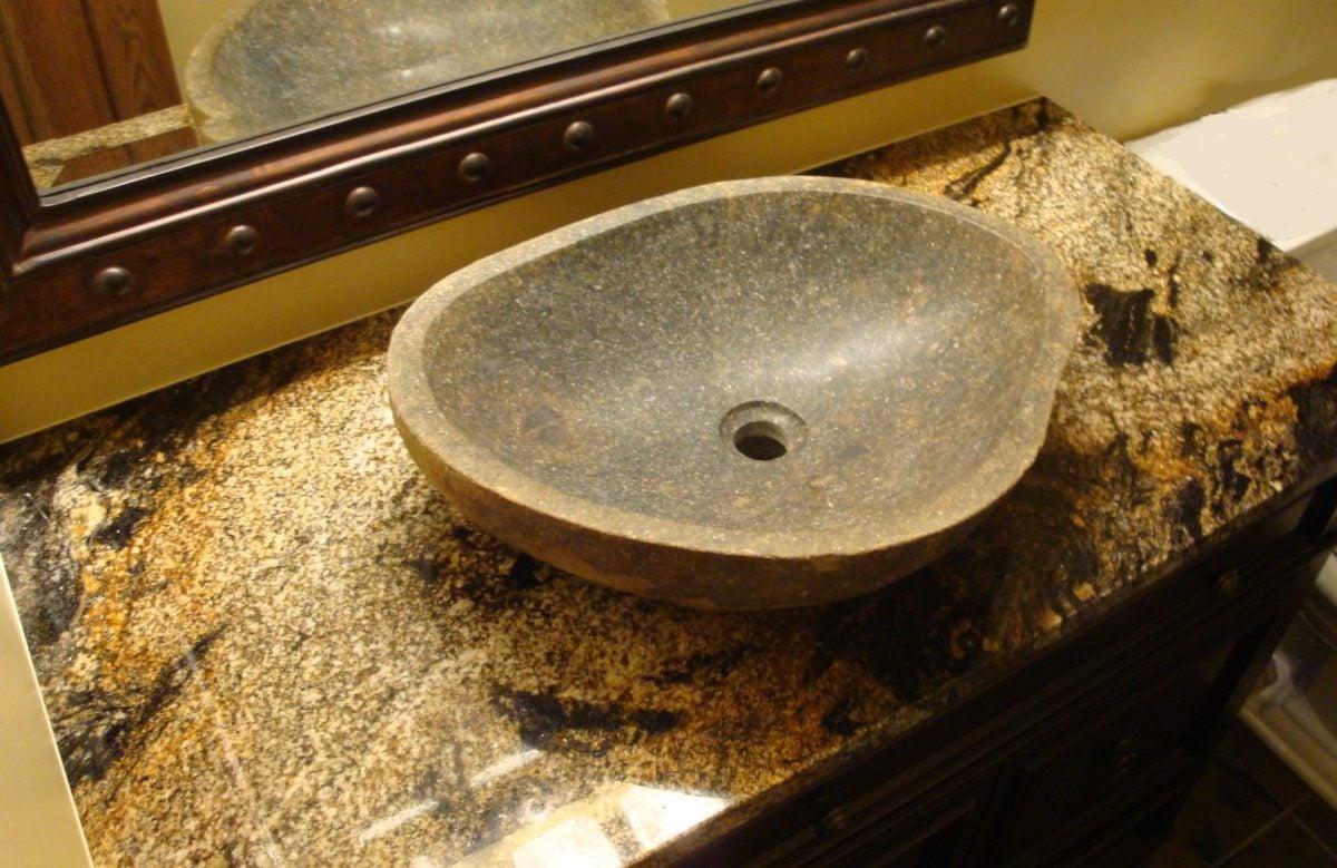 lavabo-da-appoggio-pietra