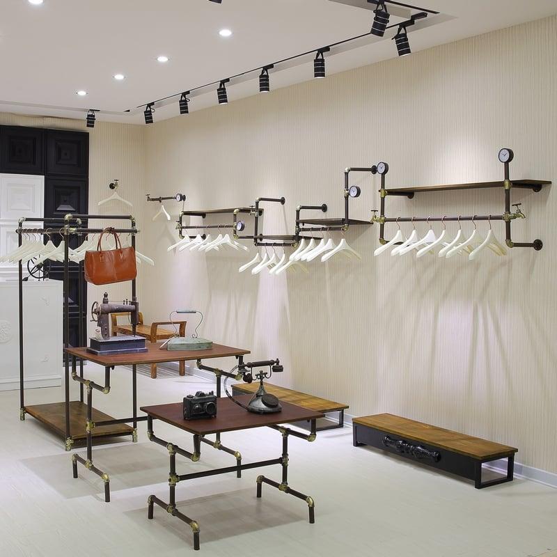 negozio-abiti-stile-industriale