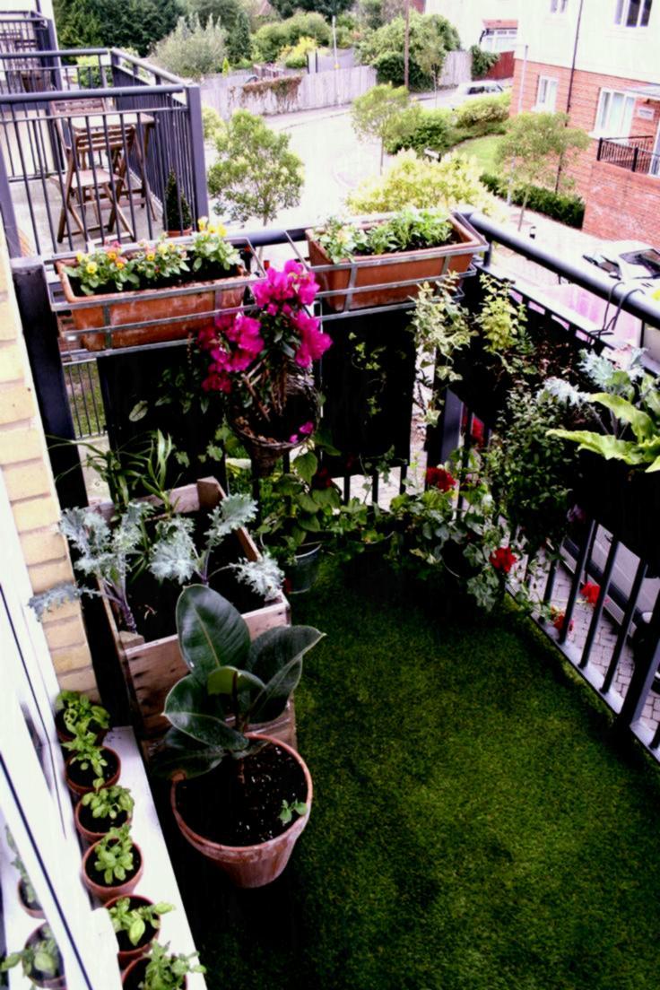 balcone-tappeto-erba